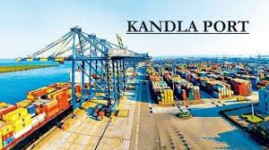 Kandla port rises to the occasion, reaches 100-mt mark in cargo handling