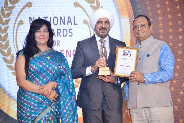 Harjith D Bubber, MD & CEO, Rivali Park, bags 'The Most Enterprising CEO & Emerging Developer of the Year' award