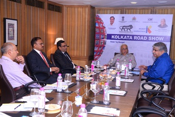 Karnataka lays red carpet to Kolkata based industries to invest in the state