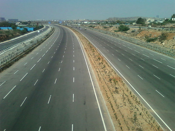 RInfra wins EPC contract of Rs. 882 crore for road project