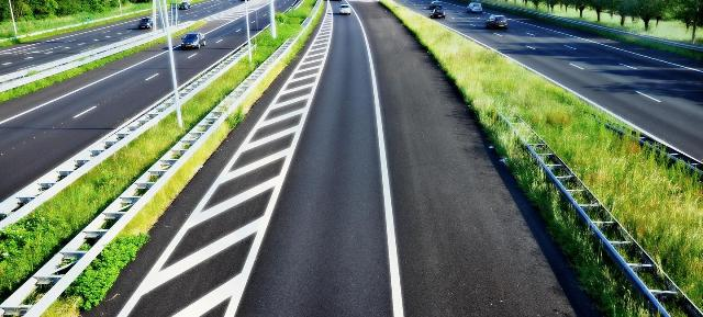 NHAI collaborates with Airports Authority of India for developing green corridor