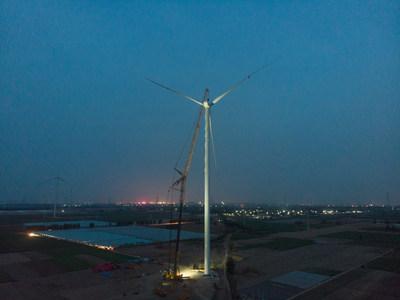 XCMG all-terrain crane installs highest impeller on windfall