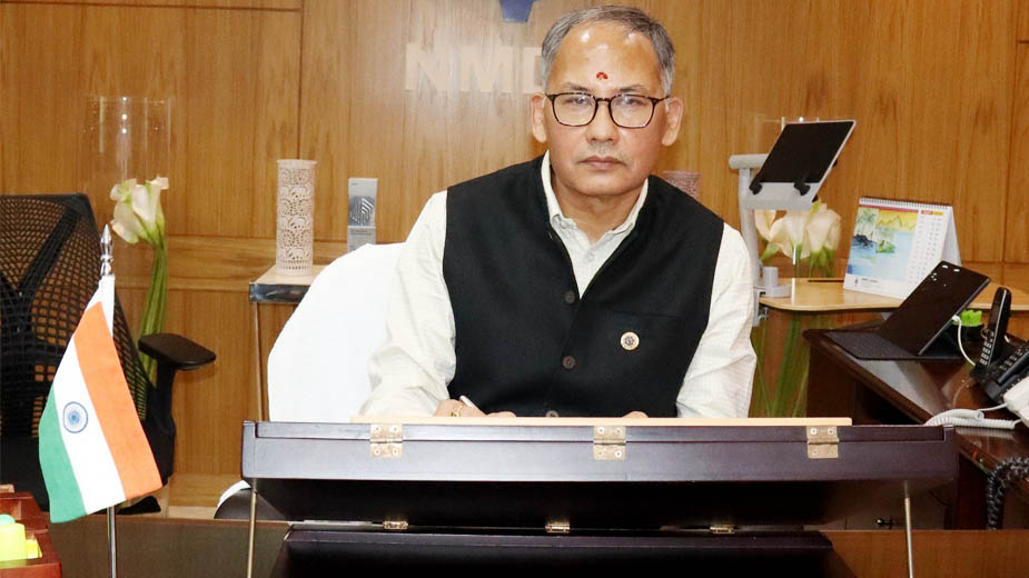 Sumit Deb assumes charge as CMD, NMDC