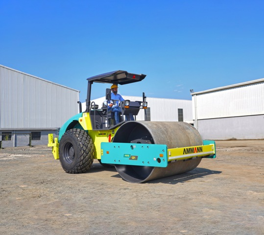 Soil Compactor: Heavy-Duty Hydrostatic Drive Powers Ammann ARS 121